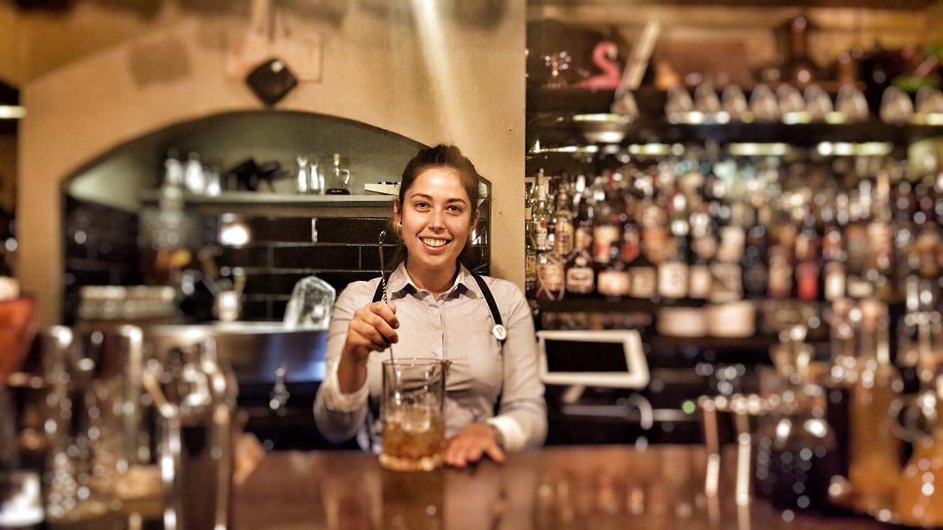 Raphaela bartender